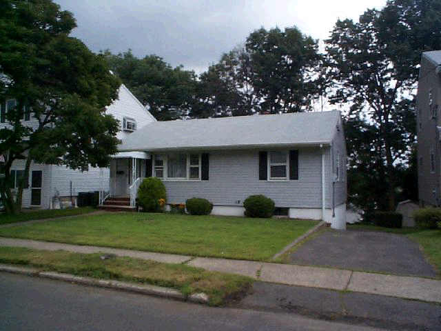 123 Sutton Ave, Totowa, NJ 07512, USA