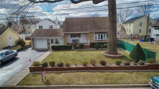 12 Lilac St, Edison, NJ 08817, USA
